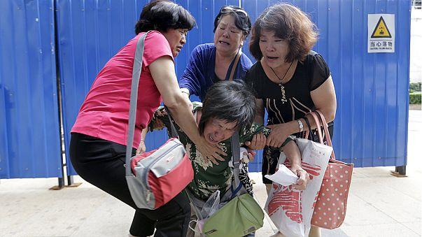 """Familiares das vítimas do MH370: """"É tudo mentira!"""""""