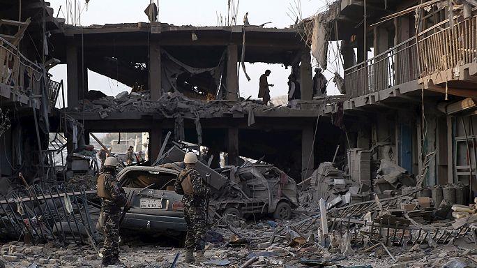 Attentat meurtrier au camion piégé à Kaboul