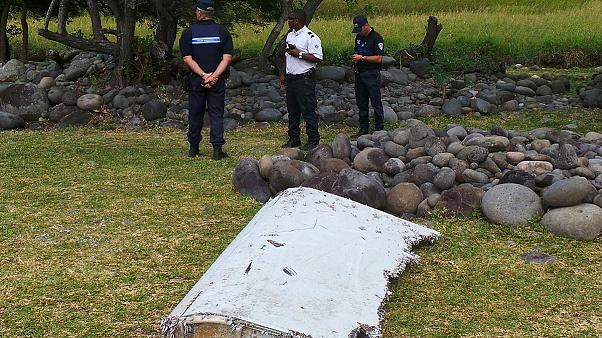 Search for MH370 wreckage intensifies at Reunion Island