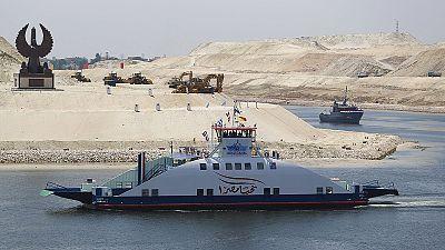 Canal do Suez em destaque