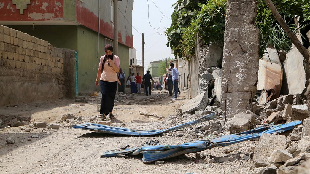 Fighting intensifies as Turkey moves against Kurds inside Turkey