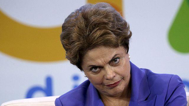 Бразилия: Дилма Руссефф - самый непопулярный лидер страны за 30 лет