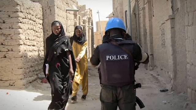 تحرير عدد من الرهائن وإجلاء خمسة أجانب في سيفاري بمالي