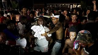 راهپیمایی در سالگرد قتل جوان رنگین پوست توسط پلیس ایالات متحده