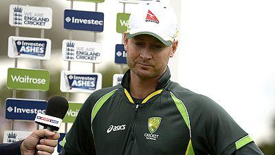 Michael Clarke despede-se do críquete