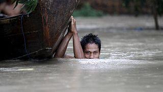 فيضانات ميانمار تخلِّف مئة قتيلٍ ومليون متضرر