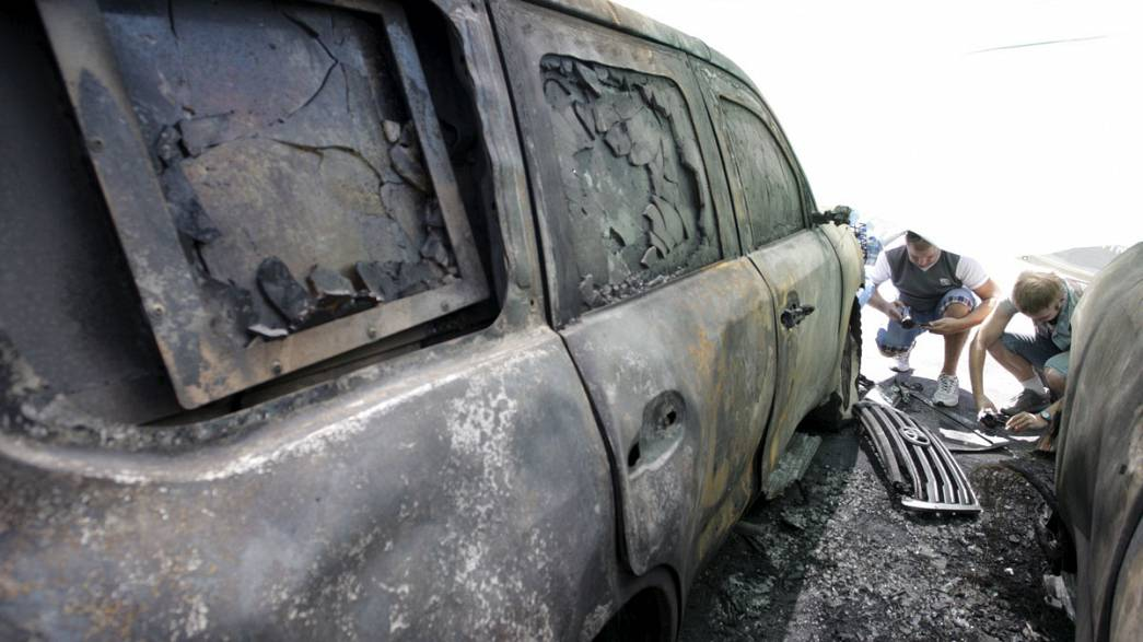 Ucrânia: veículos da OSCE incendiados em Donetsk