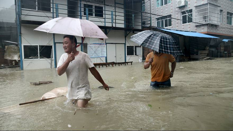 Typhoon batters China leaving 14 dead
