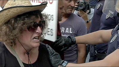 Portugal : des centaines de clients lésés par la banque Espirito Santo réclament leur argent