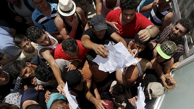 Kos Adası'nda kaçak göçmen krizi