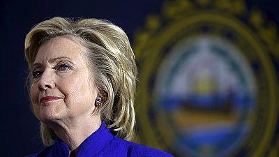 EUA: Hillary entrega correio eletrónico ao FBI