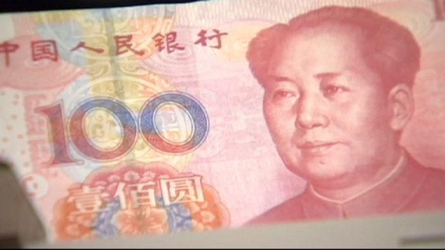 China desvalorisa divisa pelo segundo dia consecutivo