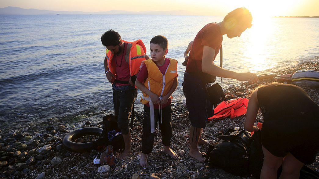 Oleada de inmigrantes en las costas griegas e italianas