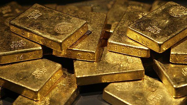 Hamis az arany – lassan, de dőlnek a Lombard Kézizálog Zrt. dominói