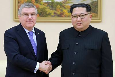North Korea\'s Kim Jong-Un meets Olympic chief Thomas Bach in Pyongyang.