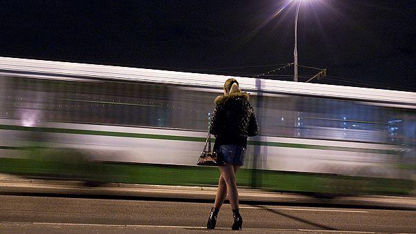 Az Amnesty legalizálná a prostitúciót, a hollywoodi színésznők kiborultak