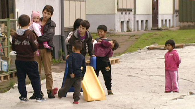 Almanya: Göçmenler öncelikle prefabrike kamplara yerleştiriliyor