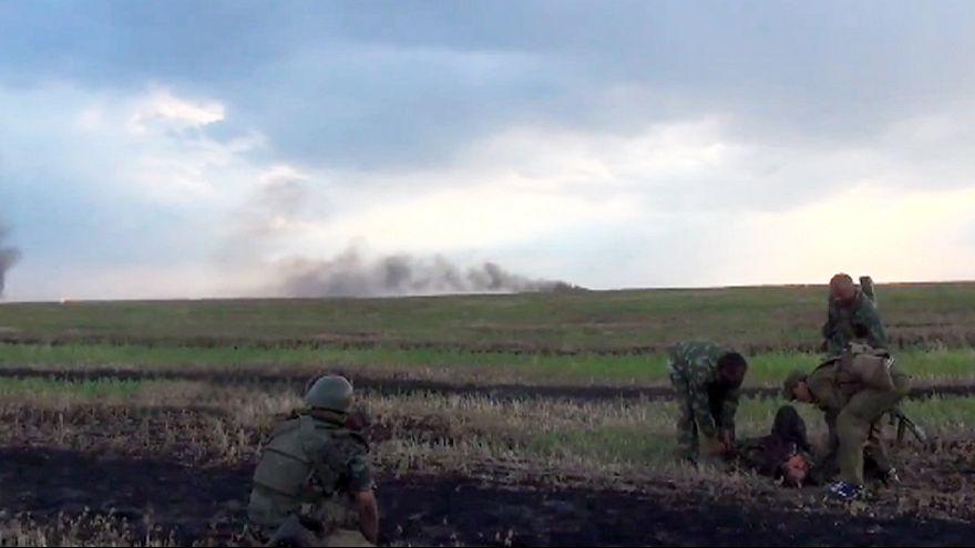 Kelet-Ukrajna: Kétezer orosz tiszt segíti a szakadárokat