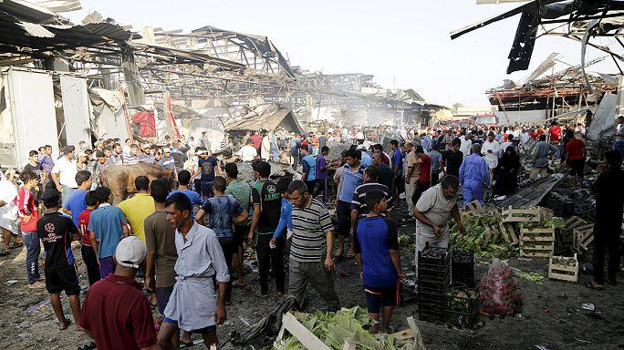 Bağdat'ta pazar yerine bombalı saldırı: 76 ölü