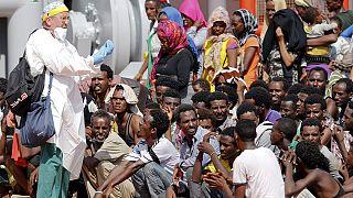 Спасли мигрантов