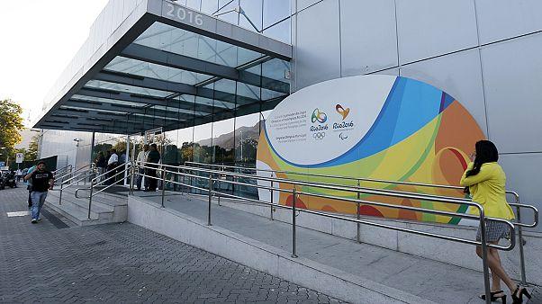 Rio'nun deniz suyu Olimpiyatlar öncesi virüs alarmı veriyor