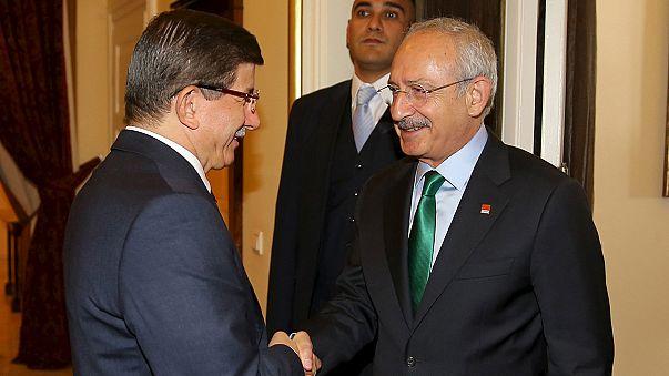"""Başbakan Davutoğlu: """"Erken seçim güçlü ihtimal"""""""