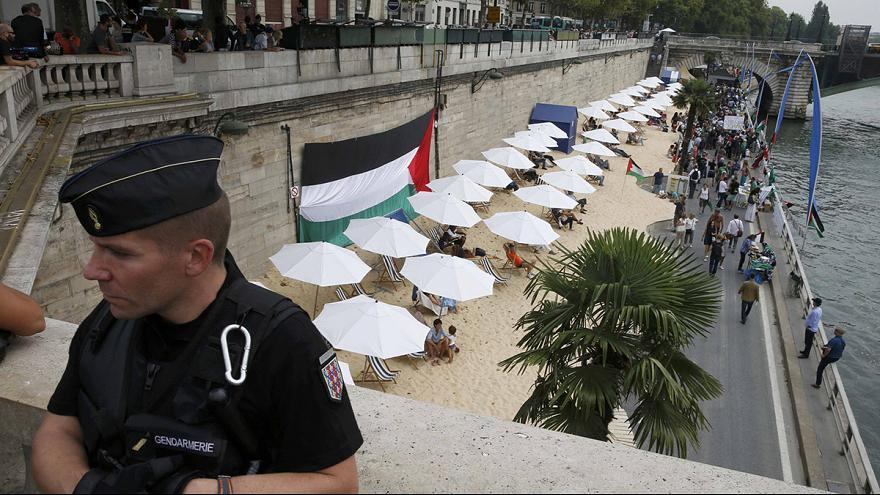 Paris beach party stirs geopolitical tensions