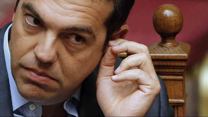 Tsipras aprueba el tercer rescate de Grecia y queda abocado a convocar elecciones