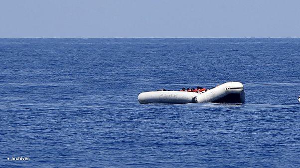A görög partiőrség elsüllyesztett egy menekültcsónakot?