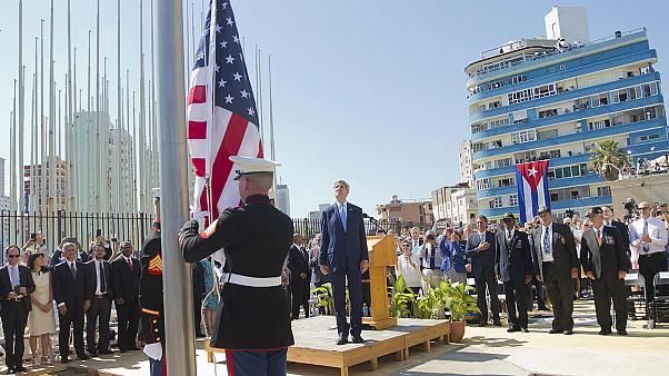 العلم الأميركي يرفرف مجددا فوق سفارة الولايات المتحدة في كوبا