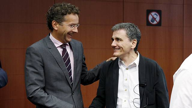 Euro Grubu Yunanistan ile anlaştı