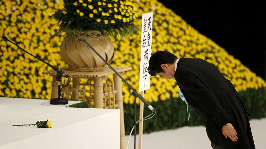 Abe pide disculpas por las agresiones de Japón en la Segunda Guerra Mundial