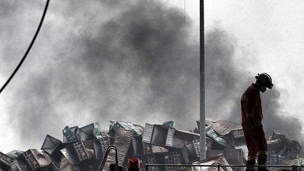 El balance de muertos en la explosión de Tianjin aumenta a 85