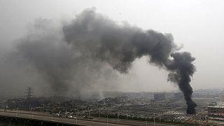 Tianjin : un périmètre de sécurité établi autour du site ; du cyanure de sodium décelé dans l'atmosphère