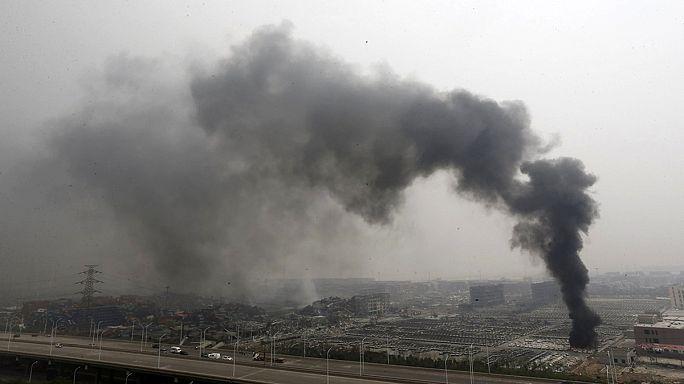 Тяньцзин: число погибших перевалило за сотню