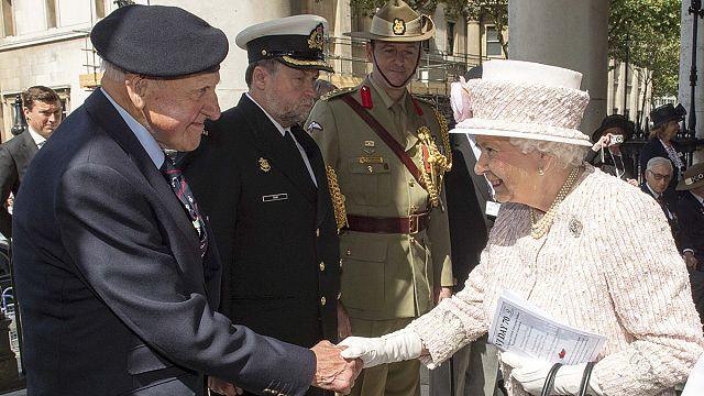 В Лондоне, США и Японии отметили 70 годовщину окончания Второй мировой войны