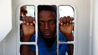 40 migranti morti in un barcone soccorso dalla Marina italiana al largo della Libia