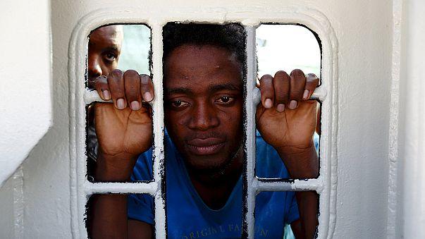 40 мигрантов из Ливии задохнулись в трюме по пути на Лампедузу