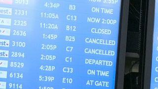 ΗΠΑ: Καθηλώθηκαν 400 πτήσεις
