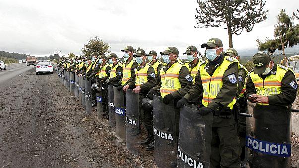 Ekvador'da yanardağ faaliyete geçti hükümet olağanüstü hal ilan etti