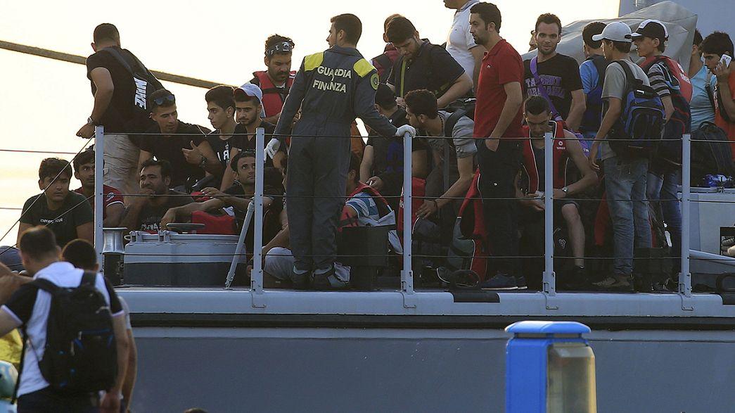 Itália a braços com várias operações de resgate de migrantes