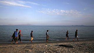 یونان ۲۵۰۰ پناهجوی سوری را موقتا در یک کشتی مسافربری اسکان داد