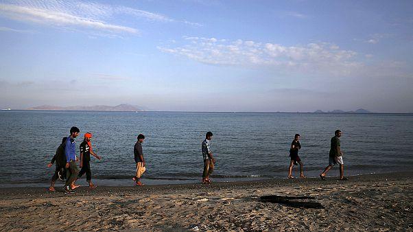 Las islas griegas siguen desbordadas por la afluencia de inmigrantes