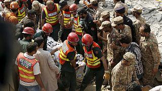 В Пакистане взорвали главу МВД провинции Пенджаб