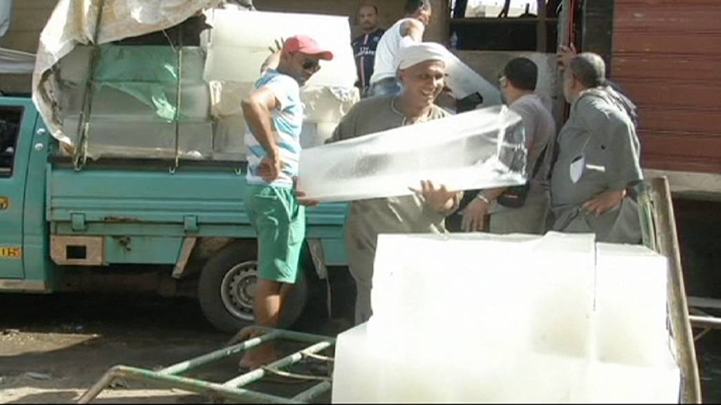 Egyptians swelter in deadly heatwave