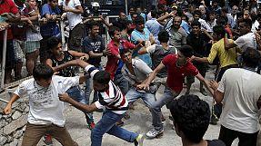 Caos em Kos: imigrantes feridos em confrontos