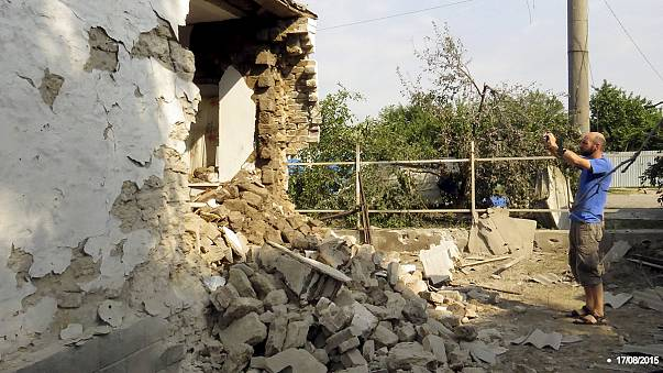 Civilians killed as fighting erupts in east Ukraine