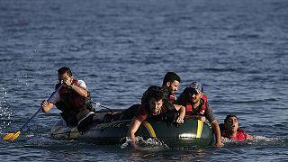 """""""Sírio"""": A palavra mágica para os migrantes que desembarcam na Europa"""