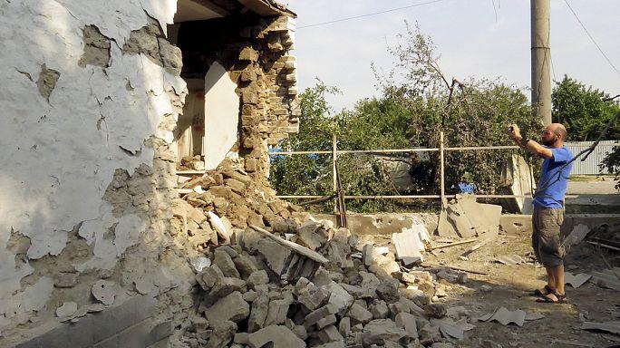 Megint civilek haltak meg a szakadárok tüzérségi támadásában Kelet-Ukrajnában