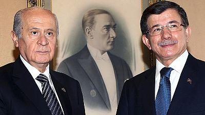Turquía hacia las elecciones anticipadas: la extrema derecha rechaza entrar en un gobierno de coalición